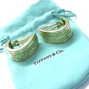Tiffany & Co. Atlas 18K Yellow Gold Huggie Earrings