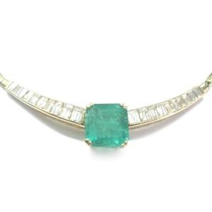 14K Yellow Gold Diamond & Green Emerald Necklace