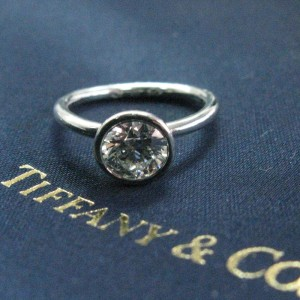 Tiffany & Co. Platinum with 0.92ct. Diamond Engagement Ring Size 4