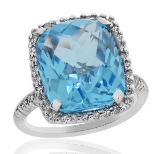 14K White Gold 5.20 Ct Blue Topaz and 0.25 Ct Diamond Ring Size 4.75
