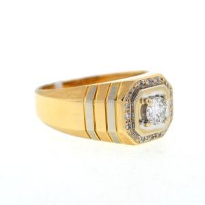 14K Yellow Gold & 0.35ct. Diamond Ring Size 9.5
