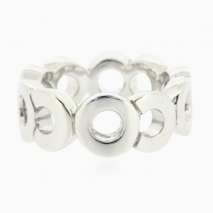 Chanel 18K White Gold Ring Size 6.25