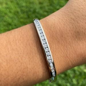 14k White Gold Aprox 1.00 ct Diamond Channel Set Bangle Bracelet