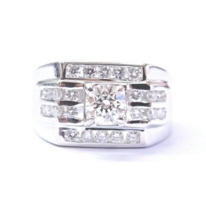 18Kt Mens Round Solitaire With Channel Accents White Gold Ring 1.00CT E-VVS1