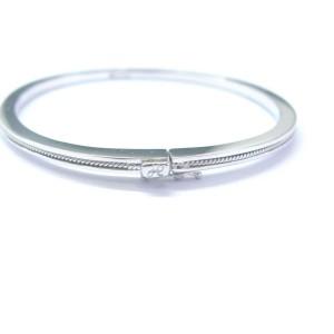 18Kt Hidalgo White Gold Wire Bangle Bracelet