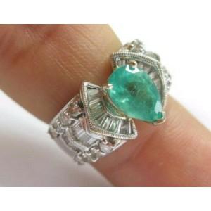 Fine Pear Shape Green Emerald & Diamond Anniversary White Gold Ring 18k