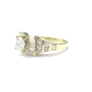18Kt Round & Baguette NATURAL Diamond SOLID Yellow Gold Engagement Ring 1.86Ct
