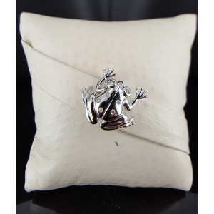 14K White Gold and Diamond Frog Pin Brooch
