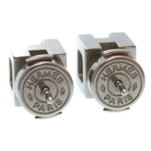 Hermes Silver Tone Hardware H Cube Carved Pierce Earrings