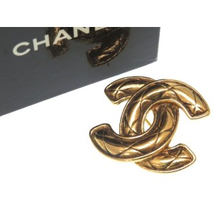 Chanel Gold Tone Hardware CC Mark Brooch
