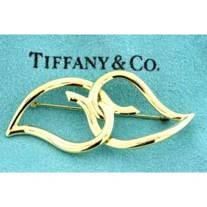 Tiffany & Co. Pin Brooch 1987 Vintage Intertwine 2 Heart Leaves 18k Yellow 11.9g