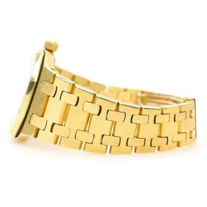 Audemars Piguet Royal Oak 18K Yellow Gold 26mm Lady Watch with Cream Roman Dial