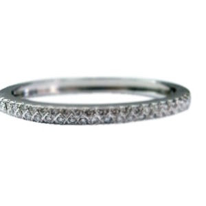 14K White Gold Round Cut Diamond Bangle Bracelet