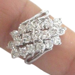 Fine Round Cut Diamond Cluster White Gold Jewelyr Ring 14KT 2.26CT