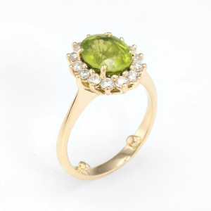 18K Yellow Gold 2ct Peridot and Diamond Cocktail Vintage Ring Size 6