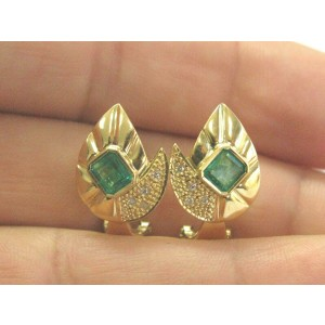 Green Emerald & Diamond Huggie Earrings 18Kt Solid Yellow Gold 2.16Ct FVVS2 17MM