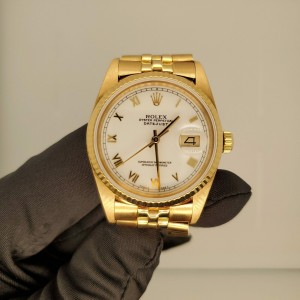 Rolex DateJust 16018 18k Yellow Gold Men's Watch Box & Papers