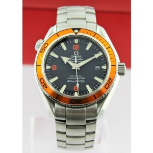 OMEGA SEAMASTER PLANET OCEAN  2209.50 AUTOMATIC CO-AXIAL MOVEMENT DIVER WATCH