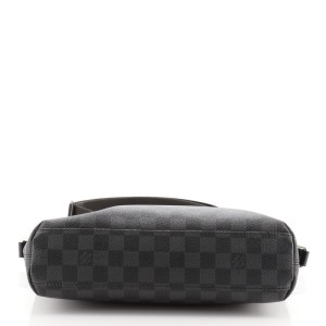 Louis Vuitton Mick Handbag Damier Graphite PM