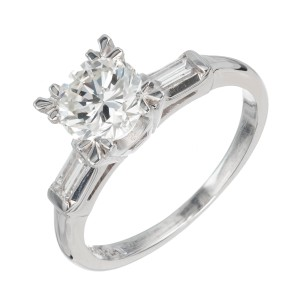 EGL Certified 1.03 Carat Diamond Platinum Fishtail Engagement Ring
