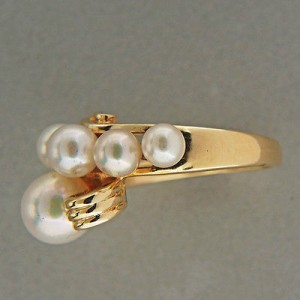 Mikimoto 14K Yellow Gold and Cultured Pearl Ring Size 6