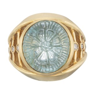 Robin Rotenier 5.30 Carat Carved Aquamarine Diamond Yellow Gold Cocktail Ring
