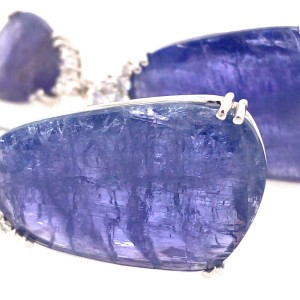 18k White Gold Tanzanite and Diamond Hanging Earrings