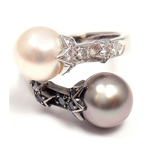 Chanel 18K White Gold Black White Diamond Pearl Open Band Ring