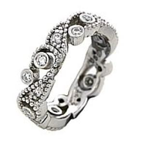 18k White Gold & Diamond Band Ring