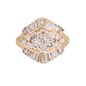 14k White Gold Foral Motif Diamond Band Ring