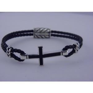 David Yurman Sterling Silver & Leather with Black Onyx Cross Station Bracelet