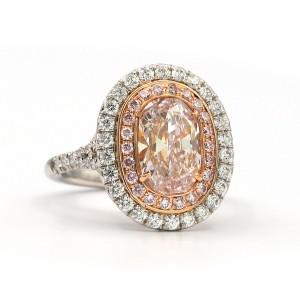 1.90 Carat Cushion Cut Light Pink Si1 Diamond In 18 Karat/platinum Ring Size 6