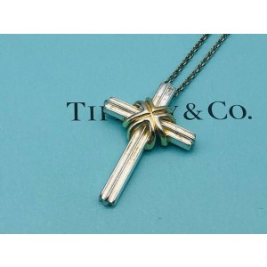 TIFFANY & Co. 18k Yellow Gold Cross Gold Necklace