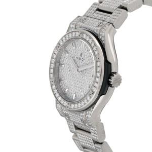 Hublot Classic Fusion Chronograph Titanium With Diamonds 33mm Mens Watch
