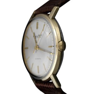 IWC Vintage 907A 34mm x 38mm Mens Watch