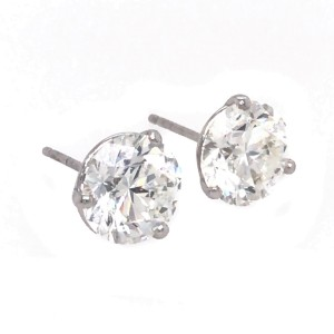 GIA Certified Round Brilliant Cut 4.03 carat Diamond Stud Earrings
