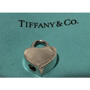 Tiffany & Co. Return To Tiffany 925 Sterling Silver Heart Lock Opens/Closes Pendant