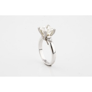 14K White Gold with 2.11ct. Diamond Solitaire Engagement Ring Size 5