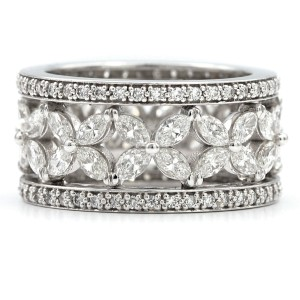 18k White Gold Ring with Marquise and Pave Diamonds Size 6