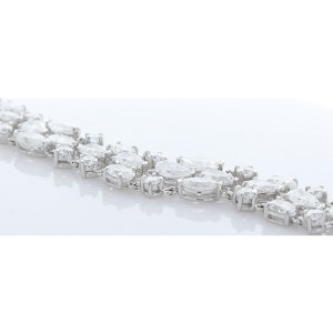 21.05 Carat Total Weight 3 Rows of Fancy Shaped Diamond Bracelet In White Gold