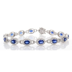 9.04 Carat Total Oval Blue Sapphire and Diamond Bracelet in 18 Karat White Gold