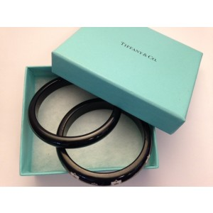 Tiffany and Co. Paloma Picasso Zellige Black and White Bangle