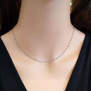 0.75 Carat Total Weight White and Pink Diamond Platinum and Rose Gold Necklace
