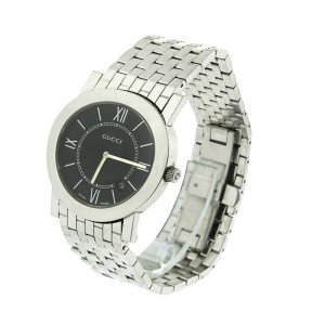 Gucci 5200 M.1 Mens Watch