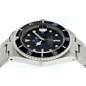 Rolex Submariner 16610 40mm Mens Watch