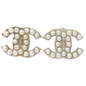 Chanel CC Classic Silver Tone Metal & Simulated Glass Pearl Piercing Earrings