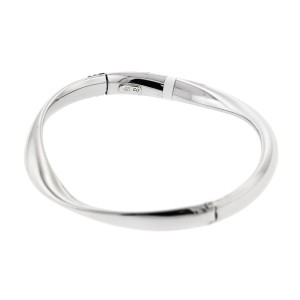 14k White Gold  Contemporary Citra Gold Bangle