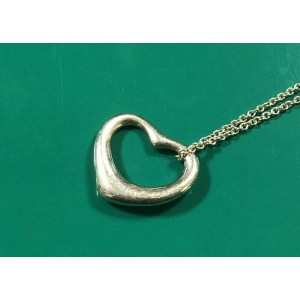 TIFFANY & Co. Sterling Silver large Open Heart necklace