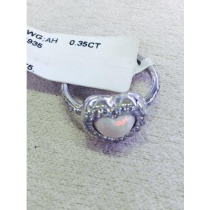 Christian Dior 18K White Gold 0.35ct Diamond Heart Ring Size 5.75