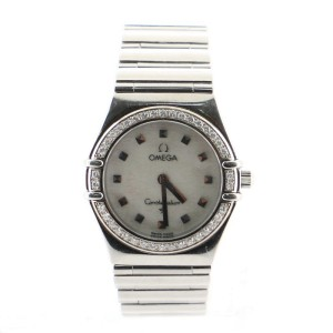 Omega Constellation Quartz Watch Stainless Steel with Diamond Bezel and Mother of Pearl 26